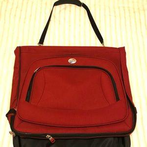 American Tourister garment bag